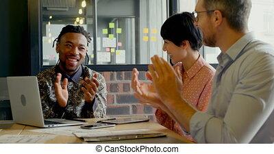 cadres, applaudir, business, 4k, réunion