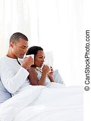 café, aimer couple, leur, lit, boire