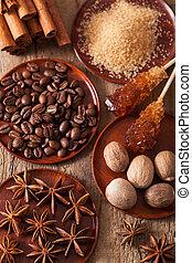 café, anis, sucre, muscade, cannelle, rocher, épices