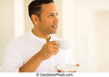 café, avoir, pensif, homme, tasse