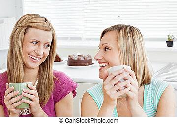 café, avoirs entourent, enchanté, femme, maison, amis
