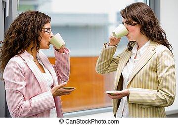 café buvant, femmes affaires