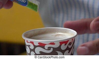 café buvant, tasse