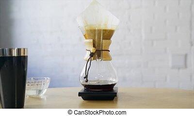 café, café, gradually, par, fluxs, filter., alternative