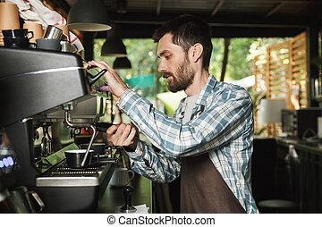 café, extérieur, barista, fonctionnement, image, café, jeune, quoique, confection, café, ou, homme