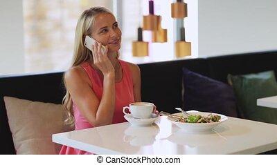 café, femme, appeler, smartphone, restaurant