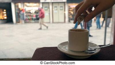 café, femme, café, fenêtre, avoir