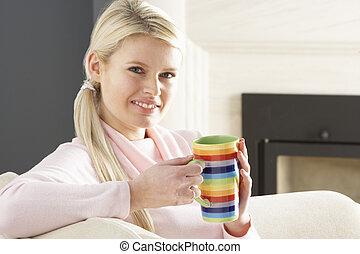 café, femme relâche, tasse, sofa, maison, boire