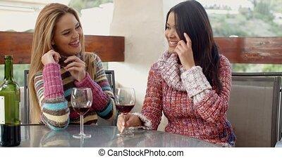 café, filles, avoir, vin, heureux