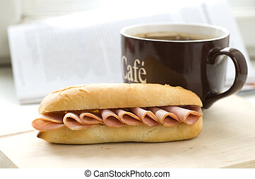 café, sanduíche