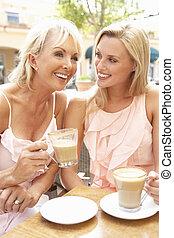 caf ?, tasse à café, deux, apprécier, femmes