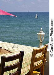 Cafe apon the sea