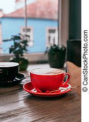 cafe., tisch, rotes , keramisch, design., cappuccino, gasthaus, tassen, schwarz, dein, mockup, hölzern
