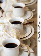 caffè, servire