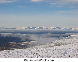 Cairngorms - Looking north to the Cairngorms from Glenshee