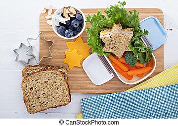 caixa almoço, com, sanduíche, e, salada