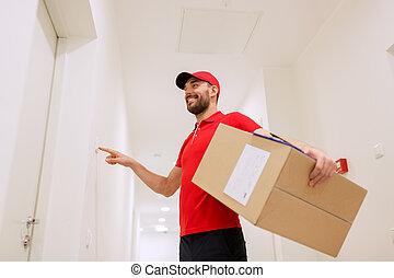 caixa, pacote, campainha, homem entrega, tocando