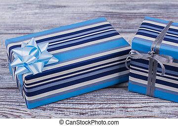 caixa presente, listrado, azul, bow.