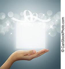 caixa presente, translúcido, ligado, mulher, mão
