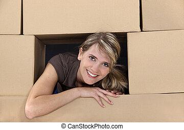 caixas, mulher, cercado, papelão