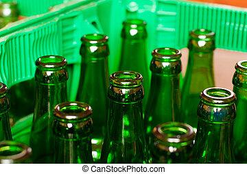 cajón, botellas de cerveza, vacío