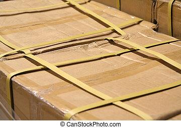 caja, mercancía