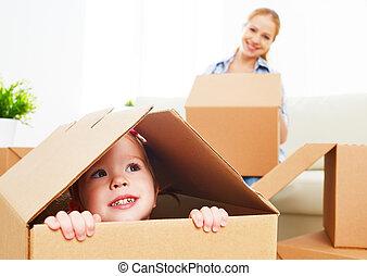 caja, se mueve, familia , bebé, nuevo, apartment., cartón, feliz