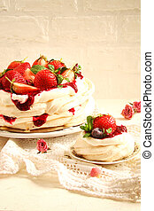 Cake Pavlova with fresh strawberries