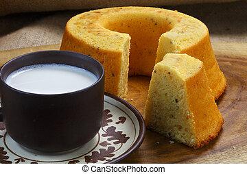 Cake with milk