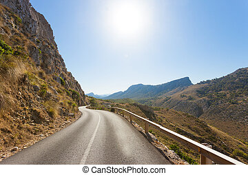 cala, figuera, de, formentor, mallorca, -, erleuchtet, straße, über, der, berge, von, formentor