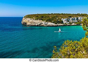 Cala Romantica with boat