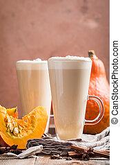 calabaza, latte, crema batida