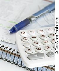 calculadora, cuaderno