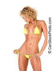 caldo, biondo, ragazza, in, giallo, bikini