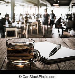caldo, legno, tè, penna, tavola, quaderno