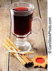 calentó con azúcar y especias vino