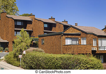 California condo 1 - Brown shingle California condominium ...