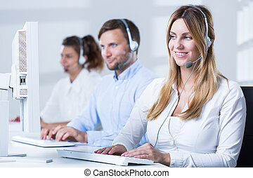 Call center consulatnt during work - Picture of call center ...