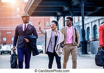 calle, selfie, positivo, toma, mientras, yendo, africano, turistas