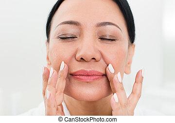 Asian massage 60538