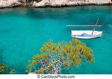 Calvia Cala Fornells turquoise mediterranean in Majorca