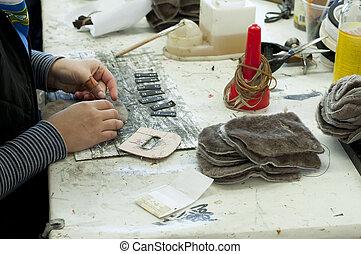 calzatura, fabbricazione, fatto mano