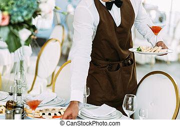 camarero, es, porción, un, boda, tabla