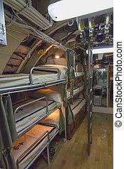 camas de cucheta, en, un, viejo, submarino, marineros