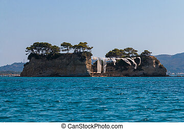 Cameo (Agios Sostis), small island in Zakynthos