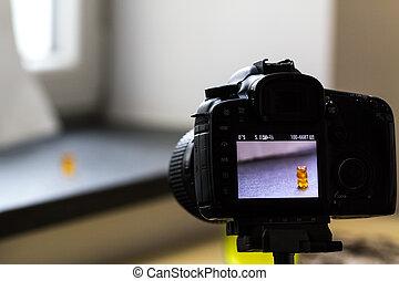 Camera shooting of a gummy bear