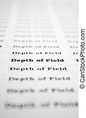 Text demonstration of DOF (depth of field).