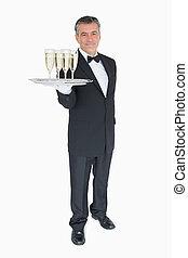 cameriere, offerta, vassoio, con, vetri champagne