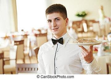 cameriere, uomo, vassoio, ristorante