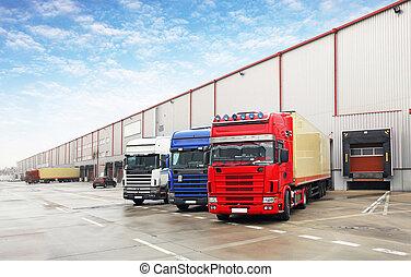 camión, en, descargar, en, almacén